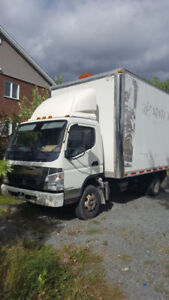 Camion cube Mitsubishi Fuso 16pieds 2008 DIESEL
