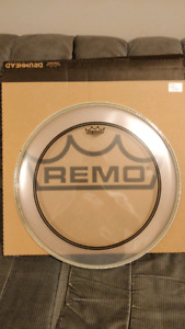 """Remo Clear power stroke 3, 20"""" bass drum head, never used."""