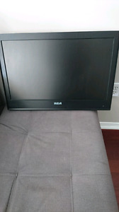 "24"" RCA FULL HD LCD TV/DVD COMBO"