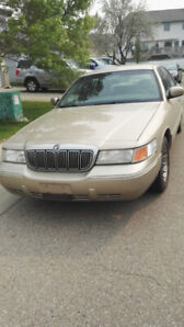 2000 Mercury Grand Marquis  Low Kms Excellent Condition