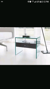 Wanted Accent ( side table ) table or rectangular bar table