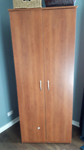 armoire / cabinet