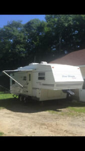 Fifth Wheel Four Winds 24B