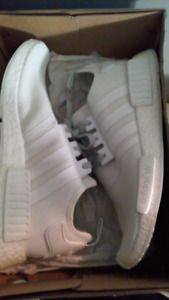 Adidas NMD R1 Triple White Dead stock