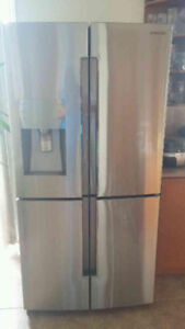 Beautiful brand new samsung fridge available to new home