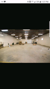 3000 sq ft warehouse  $1800 per month