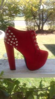 Red studded  boots by Bebo sz 6 :5 Sumner Brisbane South West Preview