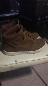 Nike SB Dunk High - Brown Perf / Cream Sole Size 10.5us