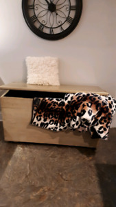 vintage Blanket Box / Hope Chest