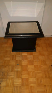 Display table or side table