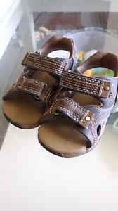 Size 3 infant wee walker sandles
