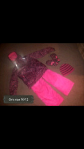 GIRLS SIZE 10/12 SNOWSUIT PICKUP IN THE HANOVER AREA