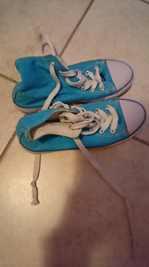Boys shoes size 3