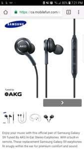 AKG earbuds from Samsung s9