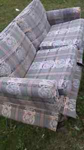 FREE pull out couch