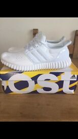 Adidas yeezy ultra boost UK 9 Triple white- brand new boxed