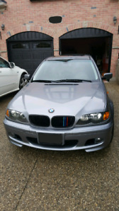 **For sale 2004 BMW e46 320i** Mint!! Low KMs!!