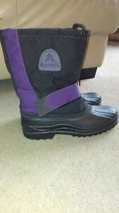 Womens kamik winter boots size 9 London Ontario image 1