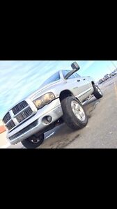 NEW PRICE MUST SELL 2005 Dodge Power Ram 1500 Laramie Truck