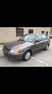 2002 Hyundai Accent Coupe (2 door)