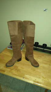 Womens size 8 leather boots $40
