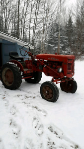 Wtb farmall super a
