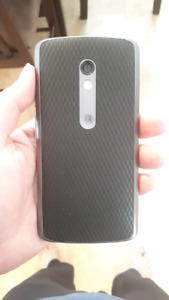 Motorola Moto X Play With 16 GB Memory And Charger! Unlocked!