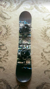 147cm Snowboard with 10.5 boots