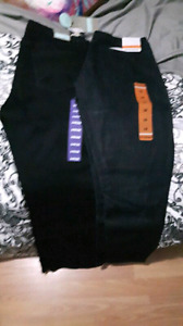 2 pairs of jeans for 25$