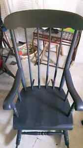 Freshened up rocking chair Belleville Belleville Area image 2