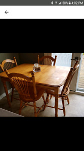 Solid Honey Oak Kitchen Table & Chairs