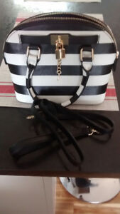 New Aldo purse with strap