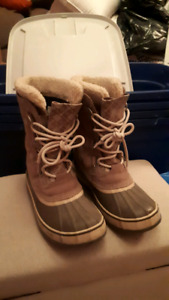 Size 8 Women's Sorel Winter Boots