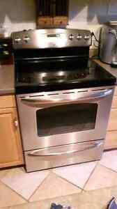GE convection glass top range