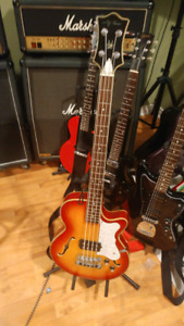 Jay tursor semi hollow bass