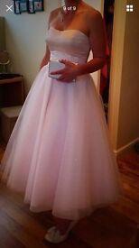 Beautiful 50s style wedding dress
