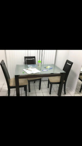 Glass kitchen table with 3 chairs
