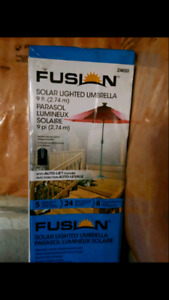 9ft solar lighted umbrella - new in package