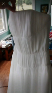 White Wedding dress, size 4 (in normal clothing)