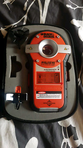 Black & Decker Auto Leveling Laser & Stud Finder
