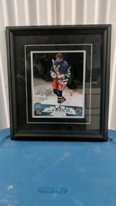Wayne Gretzky autographed & authenticated 4x8 framed picture