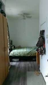 Furnished Studio Apartment Available in the Montreal Ghetto