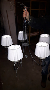 beautiful 5 lamp chandelier with crystal