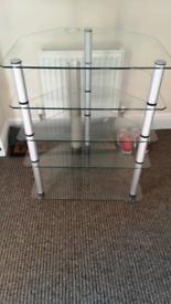 Glass hifi stand