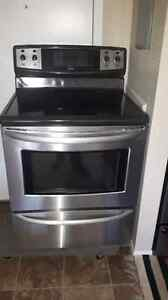 Kenmore Elite stainless smooth top self cleaning convection stov