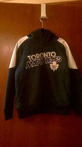 Boys XS Size 5 Toronto Maple Leafs Hoodie, NEW Windsor Region Ontario image 1