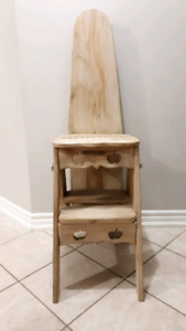 Replica Jefferson Bachelor 3-in-1 Convertible Step Stool