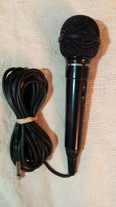 Carol Dynamic Microphone