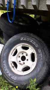 16s and 17s for chev truck 100$ a set
