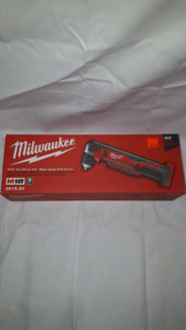 "Milwaukee M18 Cordless 3/8"" Right Angle Drill Driver"